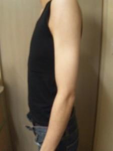 ナベシャツ【マスキュリン】ブラック着用画像(横)